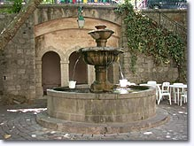 Seillans - Fountain