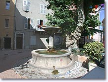 Signes - Fountain