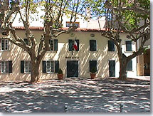 Six Fours les Plages - City hall