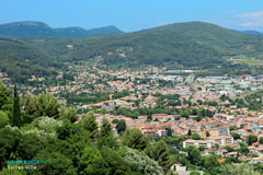 Sollies-Ville, panoramic view over the plain