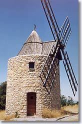 Saint Julien le Montagnier - Moulin