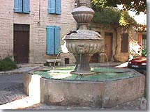 Caromb - Fountain