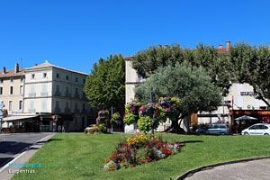 Carpentras, place