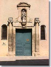 Carpentras - Old door