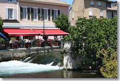 Isle sur la Sorgue -  the river