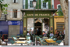 Isle sur la Sorgue - Terrace of Cafe de France