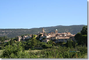 Lourmarin - The village