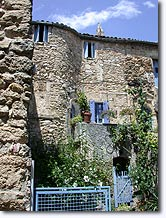 La Motte d'Aigues - House