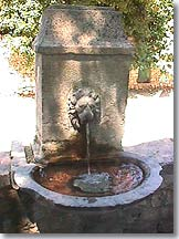 Pernes les Fontaines - Fountain