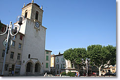 Pertuis - Clock tower