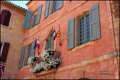 Roussillon - City hall