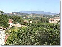 Saint Pantaleon, view on the Luberon
